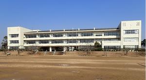 施設:潮来市立牛堀中学校