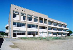 施設:潮来市立潮来第二中学校